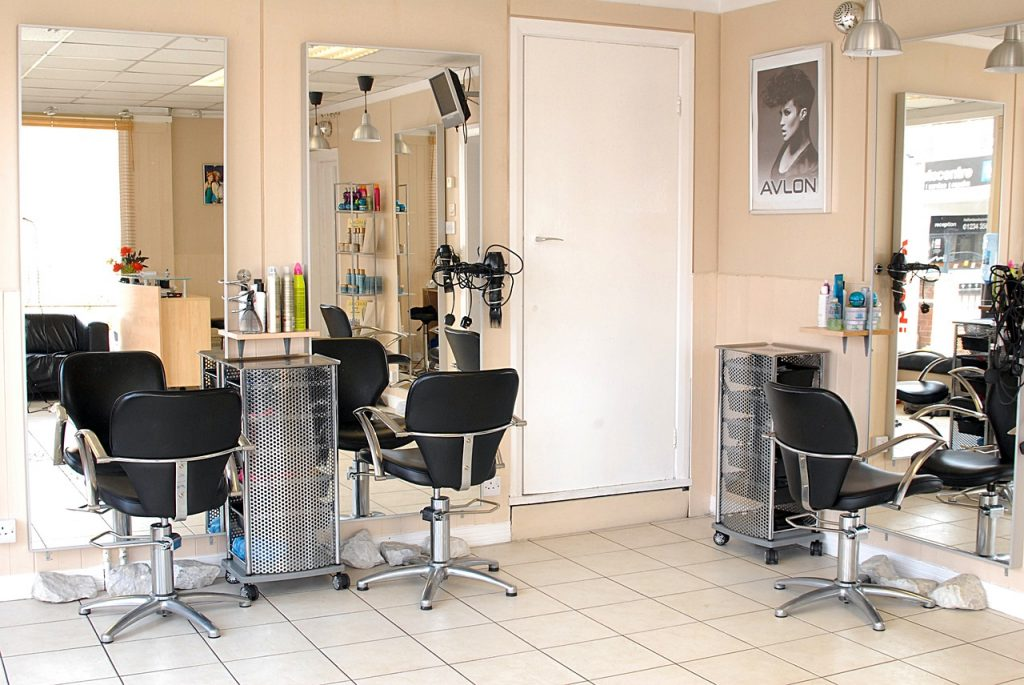 small beauty salon Interior Design tips